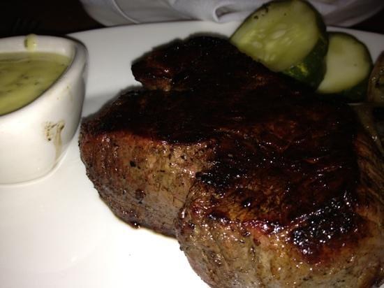 Guild Tavern: end cut prime rib