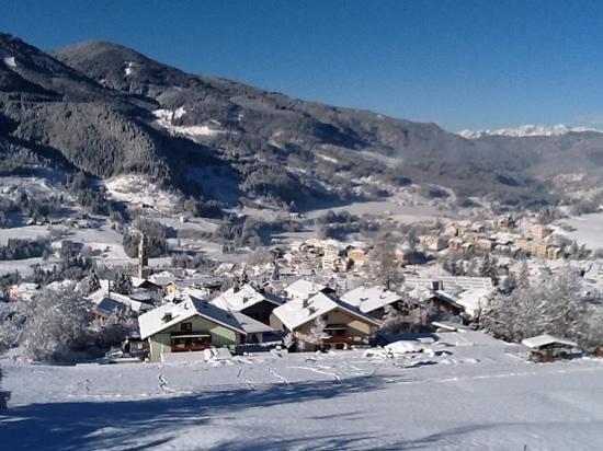 Agritur Darial: panorama dalla ns camera dopo la nevicata del 18 marzo 2013