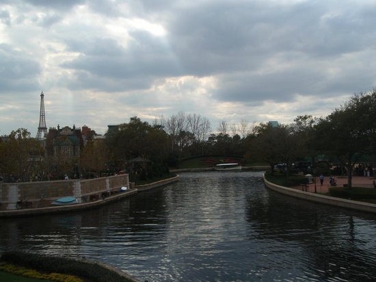 Disney's BoardWalk Villas: Waterway to Epcot from Boardwalk hotel