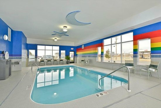 Best Western Plus University Inn: Swimming Pool