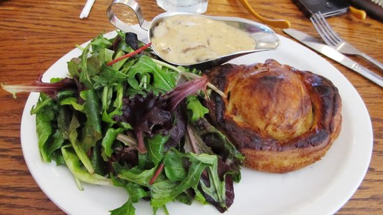 Rendez Vous Bakery & Bistro: friand