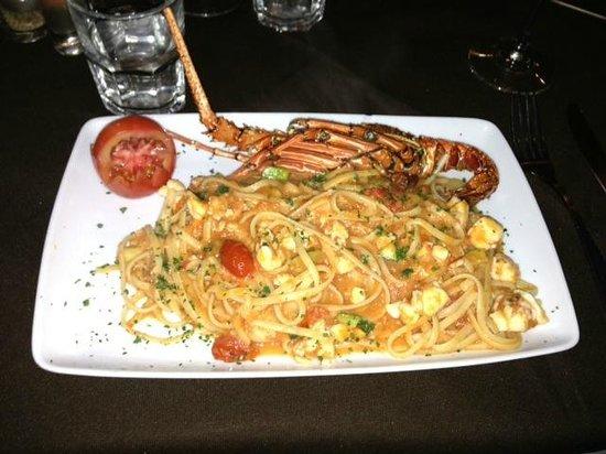 Invita Bistro: lobster pasta! to die for