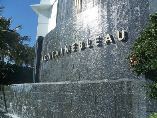 Fontainebleau Miami Beach: Entrance