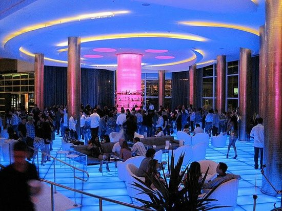 Fontainebleau Miami Beach: The Bleau Bar