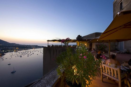 Albergo Il Monastero: La terrazza dell'albergo