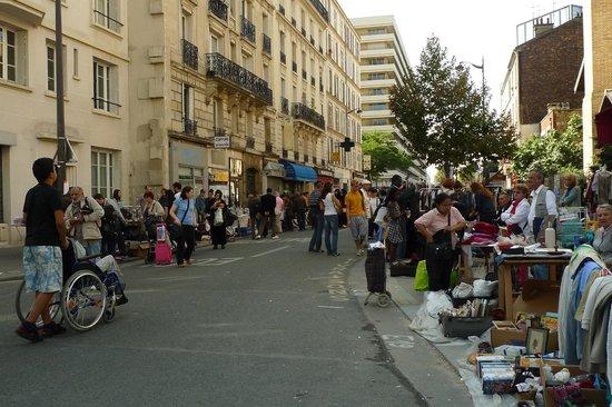 Marche Aux Puces de la Porte de Vanves - Photo de Marché ...