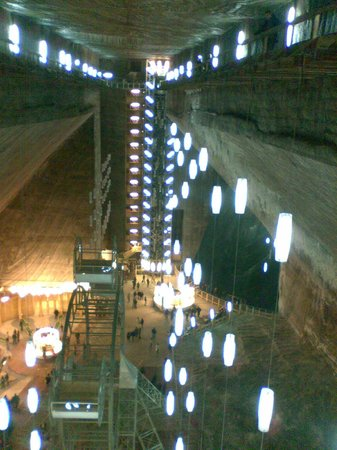 Turda Salt Mine: the stairs - view from the other side