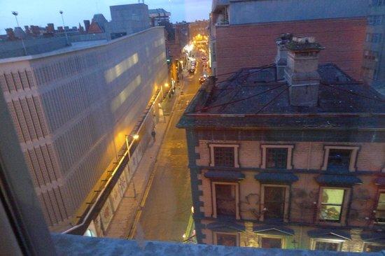 Grafton Capital Hotel: Вид из номера 519 (пятый этаж)