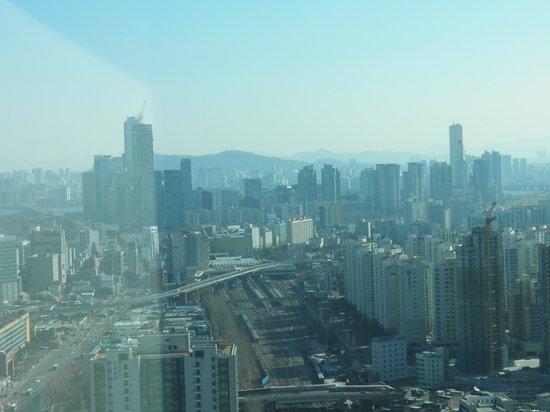 Sheraton Seoul D Cube City Hotel: vue dégagée et vertigineuse