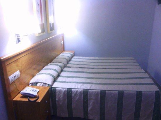 HOTEL GOYA: Habitacion doble (twin)