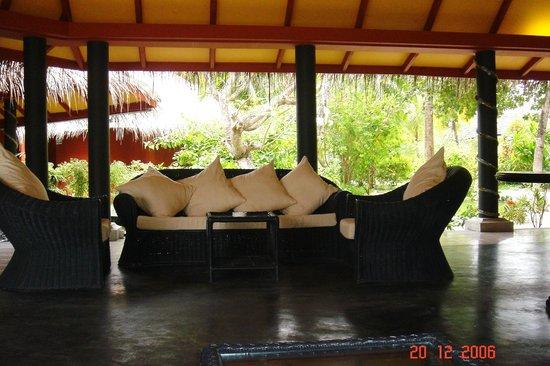 Adaaran Select Hudhuranfushi : lobby