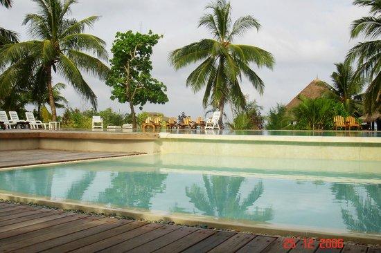 Adaaran Select Hudhuranfushi : pool