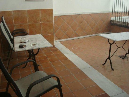 Hotel Don Paula: Patio
