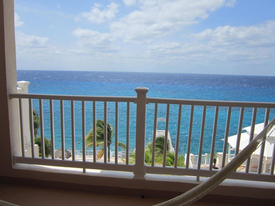 Cozumel Palace: Could not ask for a better view!