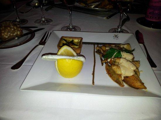 Hotel Les Cygnes: Piatto di pesce persico e altro