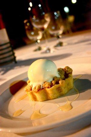 Rhodes Restaurant at Calabash: Apple Crumble