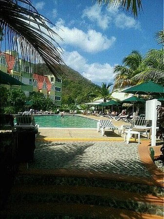 Coco Palm Resort: Beautiful pool!