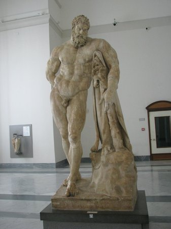 archeological museum in naples farnese hercules