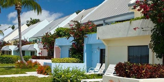 Treasure Cay Beach, Marina & Golf Resort: Our rooms facing the Marina