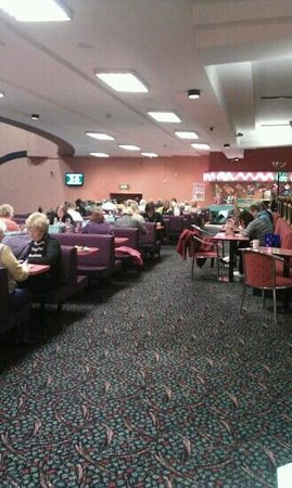Mecca Bingo: view from the bar