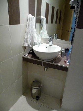 Best Western Hotel Roosevelt: Bathroom