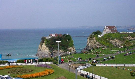 Minerva Hotel: Beach View