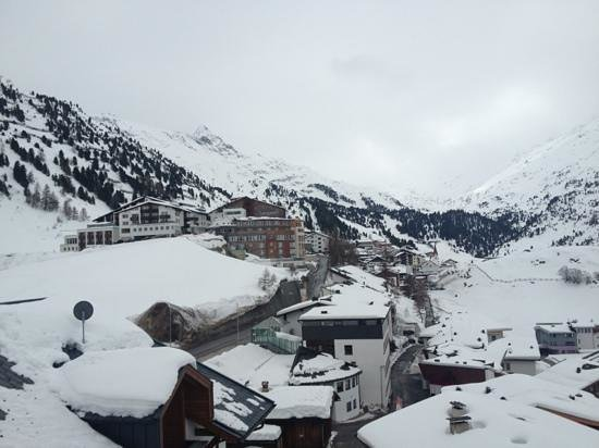 Hotel Alpenaussicht: view from room 304
