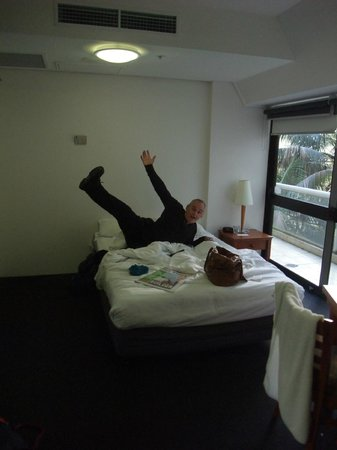 Song Hotel Sydney: Massive rooms