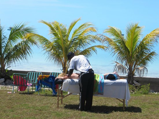 C Shells Guest Quarters: massage by the sea
