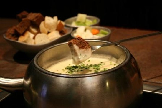 Melting Pot-Arlington TX: Wisconsin Trio Cheese Fondue