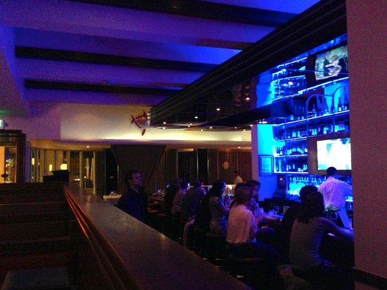 The Oceanaire Seafood Room: Blue bar anyone?