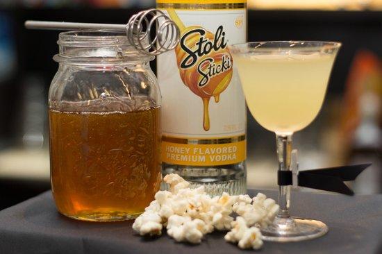 Bitter Bar: Pop-p-orno drink al pop corn miele e peperoncino
