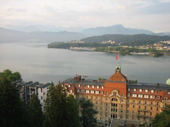 Art Deco Hotel Montana Luzern: 部屋から