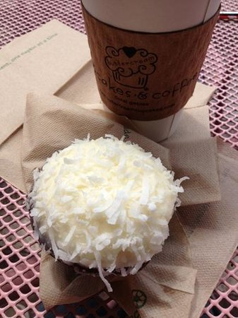 Buttercream Cupcakes & Coffee