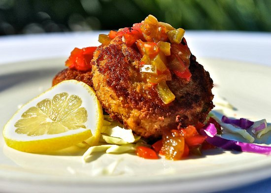 Kingfish Grill: Camachee Island Crab Cakes with Datil Jelly