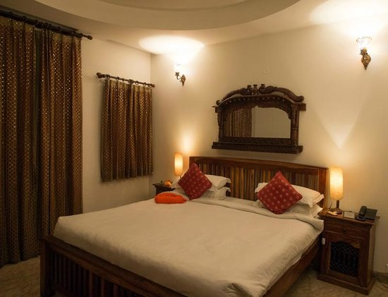Shanti Home: The Room Benares