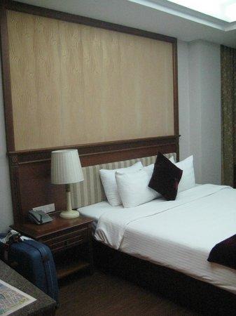 Golden Legend Hotel: Camera doppia