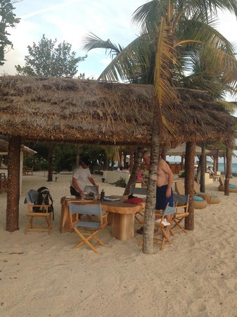 Petit St. Vincent Resort: beach bar