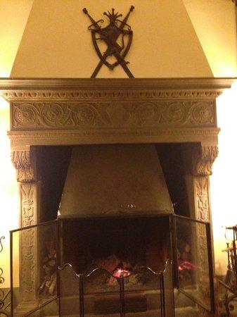 Park Palace Hotel: L'elegante caminetto