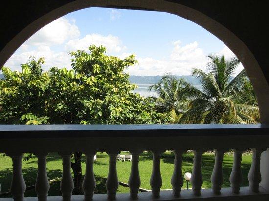 Lake Bosomtwe Paradise Resort: View from balcony