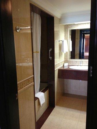 Hotel Riu Palace Aruba: Our bathroom