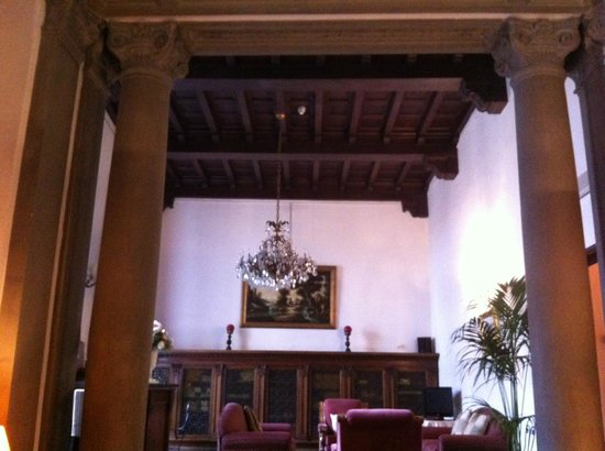 托瑞古爾法酒店照片