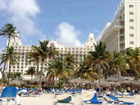 Hotel Riu Palace Aruba: View from beach - Bldg A in center and Bldg B on right