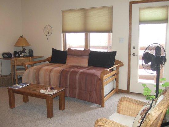 Inn at the Spanish Peaks: Colorado Suite sitting room