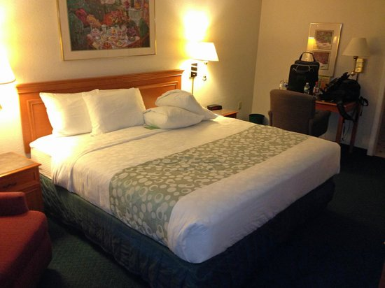 La Quinta Inn Savannah I-95: room overview 3