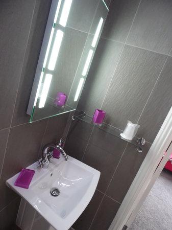 The Kenley: Bathroom no 5