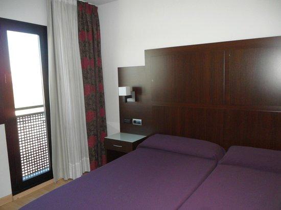 Hotel GIT Conquista de Granada: Habitación