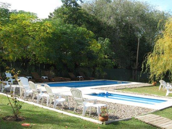 Piletas picture of las acacias posada de campo villa for Piletas de campo