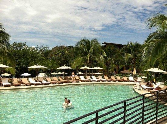 Four Seasons Resort Costa Rica at Peninsula Papagayo: Pool