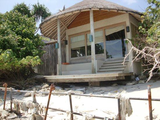 Six Senses Laamu: Villas suffering from erosion